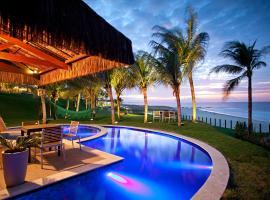 Carmel Charme Resort, hotel with pools in Aquiraz