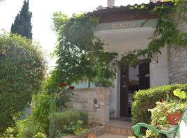 Villa Verde Apartments and Rooms, apartment in Premantura