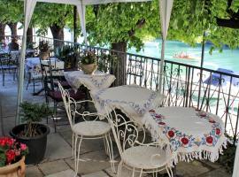 Villa Fiorita, отель в Монфальконе