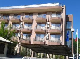 Hotel Vega, hotel in Kranevo