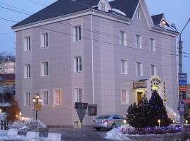 Pyramid Hotel, hotel in Nakhodka