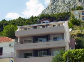 Apartment Perica, spa hotel in Omiš