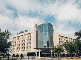 Victoria Palas Hotel, hotel in Astrakhan