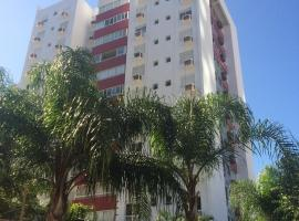 Andy Apto Menino Deus/Cidade Baixa/Orla, hotel near Barra Sul Shopping Mall, Porto Alegre