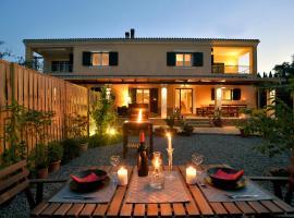 Villa Gaia, pet-friendly hotel in Dassia