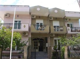 Kristal Hotel, готель у місті Прінос