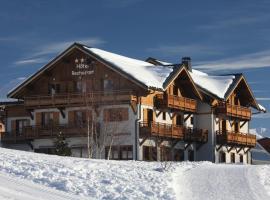 Chalet-Hôtel Le Beausoleil, The Originals Relais (Hotel-Chalet de Tradition), hotel near Les Sybelles, La Toussuire