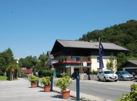 Gästehaus Sunkler, Pension in Golling an der Salzach