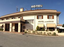 Hotel Ekai, hotel in Ecay