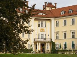 Schloss Lübbenau, hotel in Lübbenau