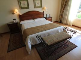 Hotel Lasa Sport, hotel in Valladolid