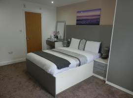 Heathrow Traveller B & B, hotel near Hounslow West, Hounslow