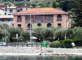 Hotel Garden, Hotel in Torri del Benaco
