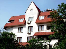 Hotel VALDI, hotel in Ahtopol