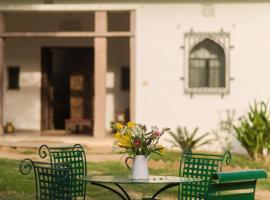 Kawa Guest House, hotel near Seesh Mahal, Jaipur