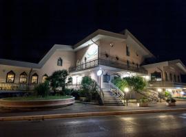 L'Approdo Hotel, hotel in Cesenatico