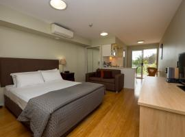 Cabarita Lake Apartments, hotel near Cudgen Nature Reserve, Cabarita Beach