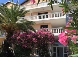 Bed and Breakfast Sidro, hotel in Vodice