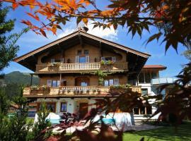 Landhaus Alpengruss, Hotel in Kössen