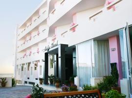 Evelyn Beach Hotel, hotel in Hersonissos