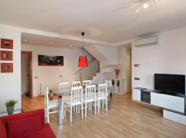 LucasLand Apartments Sitges, hotel in Sitges