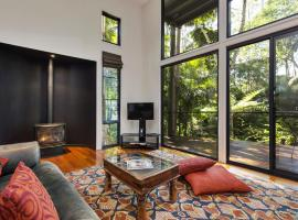 Pethers Rainforest Retreat, hotel near Tamborine Rainforest Skywalk, Tamborine Mountain