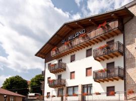 Albergo Milano, hotel in Bossico