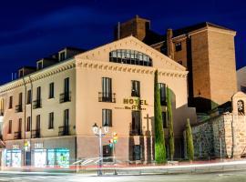 YIT Mirador de Santa Ana, hotel in Ávila