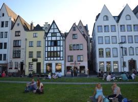 Haus Enteresan, Ferienunterkunft in Köln