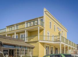 Mendocino Hotel & Garden, hotel near Glass Beach, Mendocino