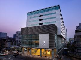 Hotel PJ Myeongdong, hotel in Seoul