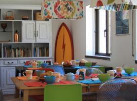 Moby Dick Lodge, hostel in Malveira da Serra