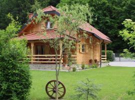 Drvena Hižica, hotel in Tuheljske Toplice