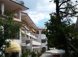 Hotel Paradiso, beach hotel in Santa Maria di Castellabate