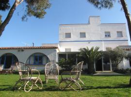 Alberg Costa Brava, hostel in Llança