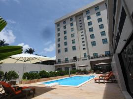 Star Land Hotel, hotel in Douala