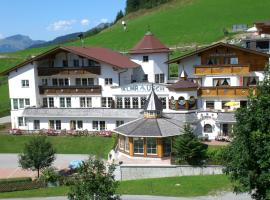 Berghotel Almrausch, spa hotel in Berwang