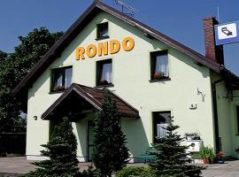 Pensjonat Rondo, homestay in Września