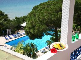 Abamar Hotel, hotell i Santa Margherita di Pula