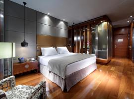 Eurostars Madrid Tower, hotel 5 estrellas en Madrid