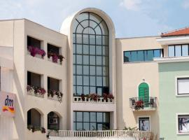 Hotel Bellevue Trogir, three-star hotel in Trogir