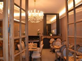 Hotel Het Gheestelic Hof, hotel in Brugge