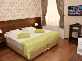 Elit Hotel, hotel a Blaha Lujza tér metróállomás környékén Budapesten