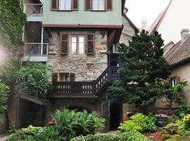 Hotel Herrnschloesschen, Hotel in Rothenburg ob der Tauber