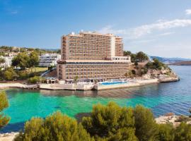 Globales Cala Viñas Adults Only 16+ – hotel w pobliżu miejsca Plaża Cala Portals Vells w Cala Vinyes