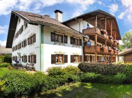 Gästehaus Enzianhof Hotel Garni, hotel in Oberammergau