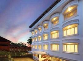 Cochin Palace, hotel near Ernakulam Railway Station, Cochin