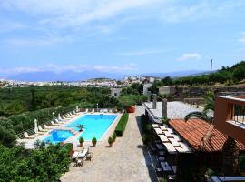 Golden Apartments, beach hotel in Agios Nikolaos