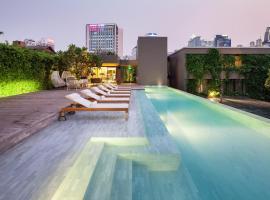 Ad Lib, hotel in zona Centro commerciale Central Embassy, Bangkok