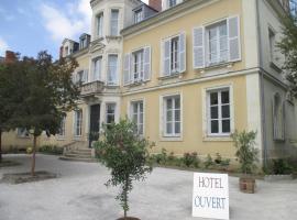 Hôtel Le Saint Martin, hotel in Sablé-sur-Sarthe